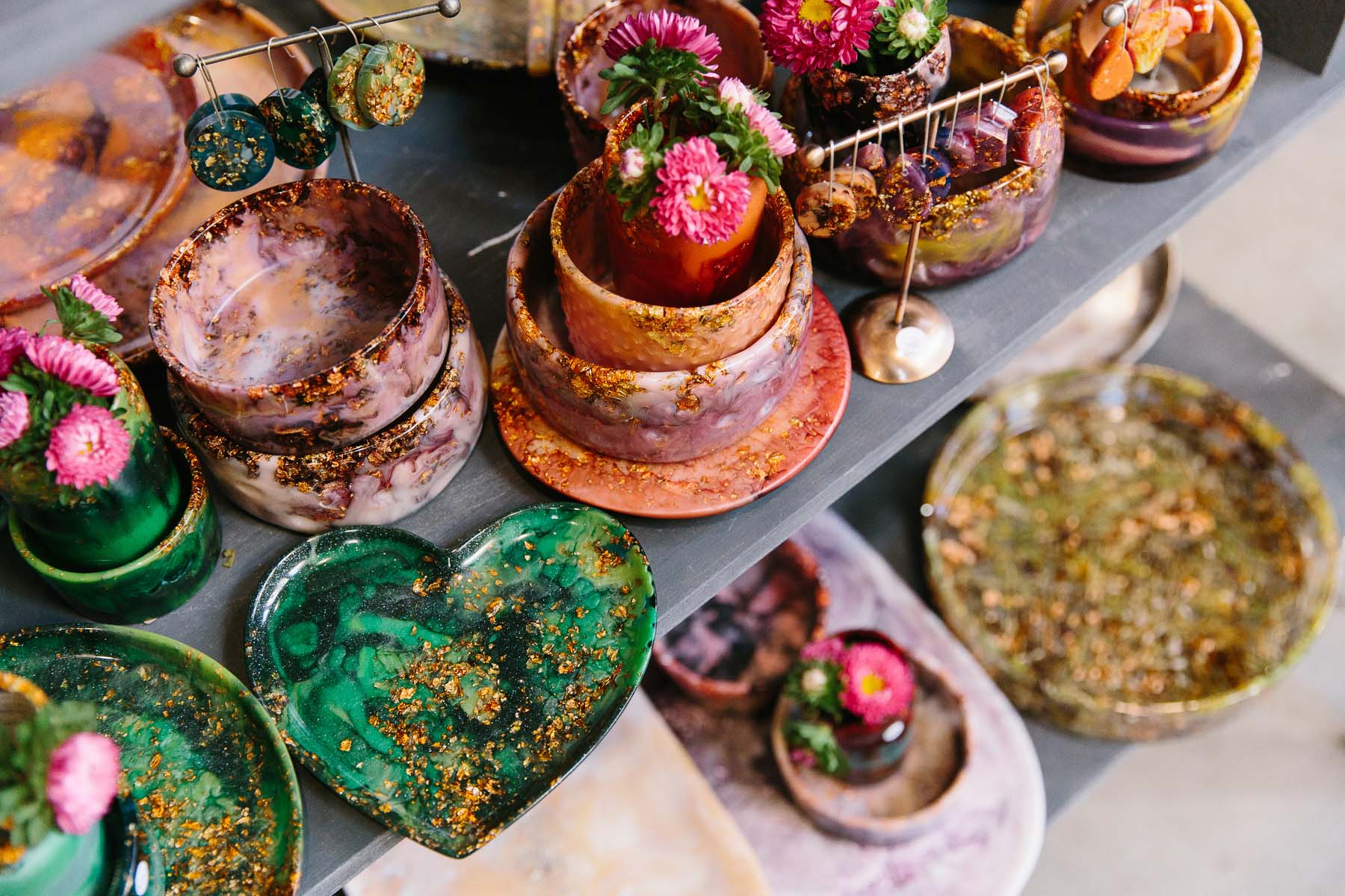 Colourful eco resin homewares by Nanna Woo